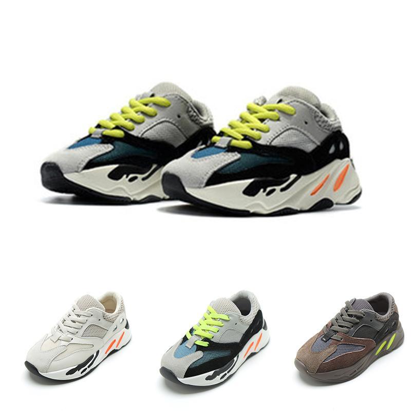 Infantiles de los zapatos corrientes del deporte los niños diseñador de zapatos chicos, chicas, niño grande moda juvenil múltiples colores entrenadores zapatillas de deporte de Kanye West niños