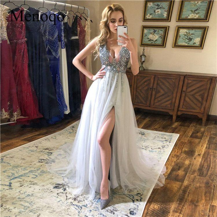Sparkly Gray Crystal Beaded V Neck Prom Klänning Elegant Open Back Tulle Afton Klänningar Lyxig Formell Party Bridemaid Gown