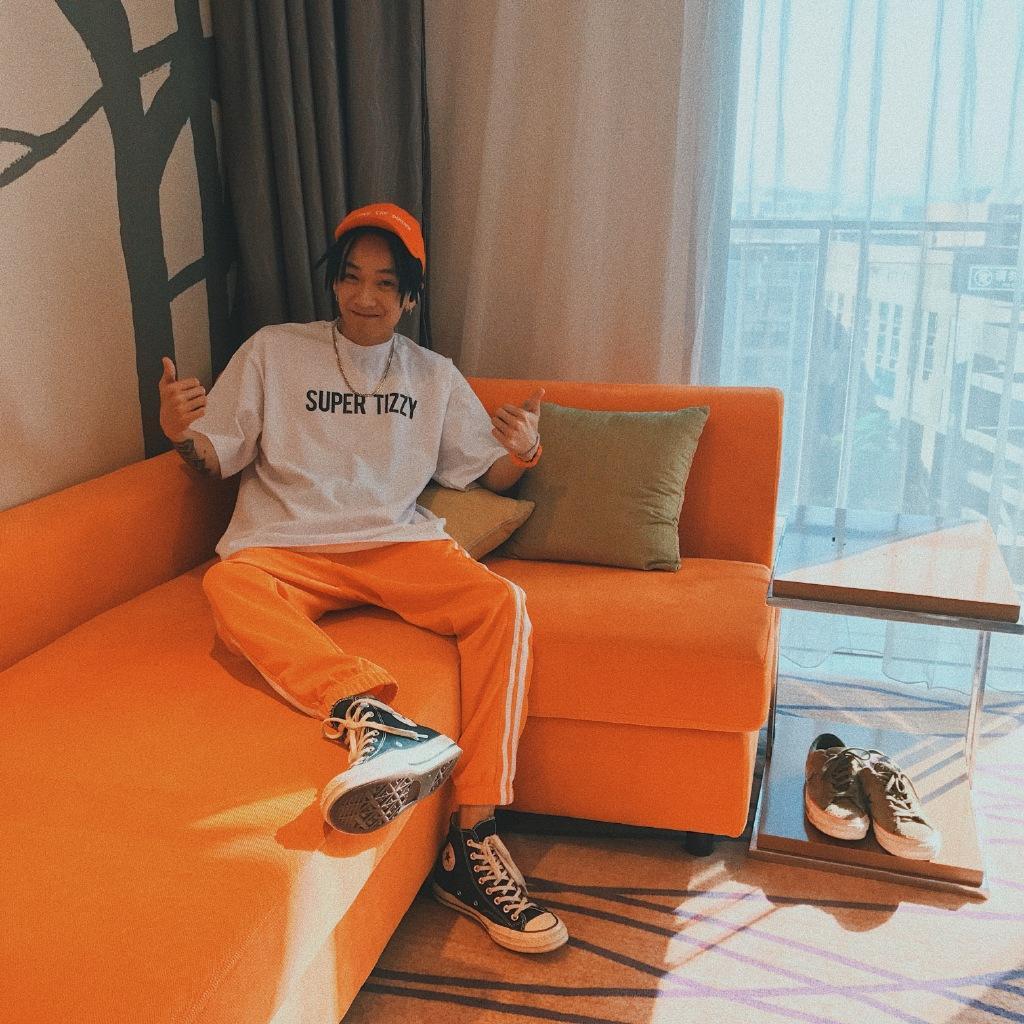 K- Wu Yifan Cina ha un membro del team di hip hop tuo ragazzo tizzy T con la manica corta uomini e le donne della maglietta girocollo Kpop