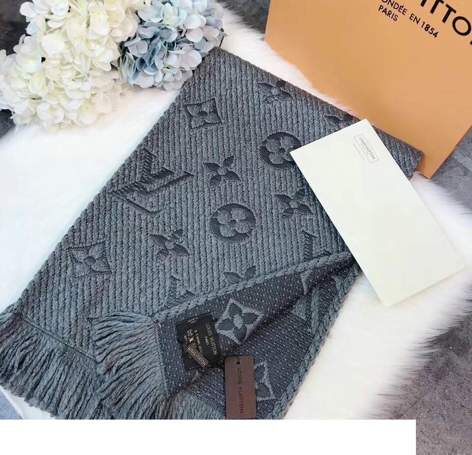 Patrón de la letra de la cachemira de la bufanda de diseño clásico 2020 de lujo Nueva manera del invierno de la bufanda Qualtiy superior de diseño de la Mujer Wome
