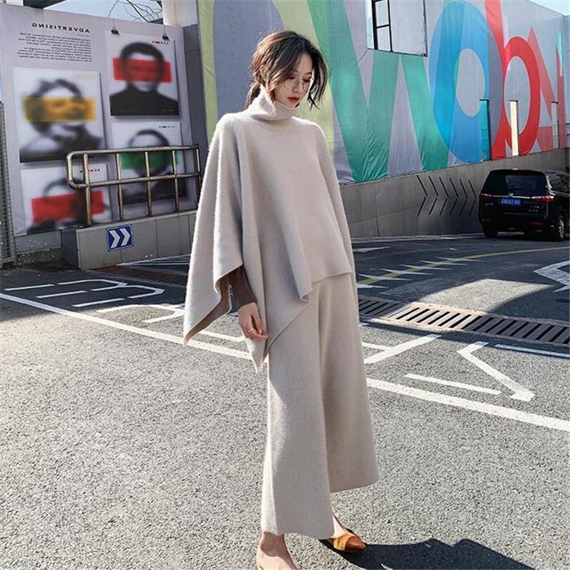 2020 Winter-Herbst-Frauen Knit Suit 2 Stück Rollkragen Mantel lose Oberseiten und knöchellangen Hosen Weibliche Wollmischung Pullover Set N310