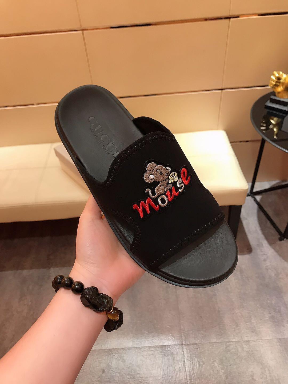 sandales hommes Bee chaussures concepteur pantoufles de luxe, des pantoufles lisses avec des pantoufles de marque sandales épais blanc et noir 38-44 562
