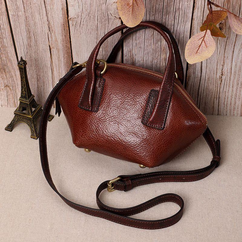 Borsa Messenger Bag HUGWISER Genuine Leather in pelle donne retro a mano Full-Grain Shoulder Bag Tutto-fiammifero Cool Fashion