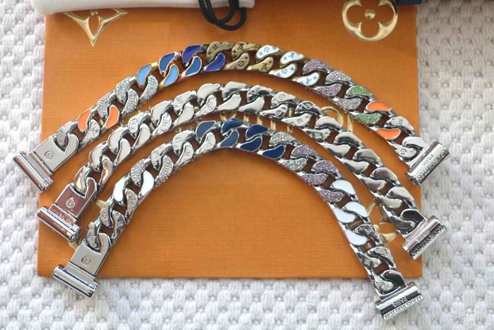 Nova Chegada de aço Moda Homens Titanium gravar Quatro Flor Folha colorida esmalte diamante 18K banhado a ouro Ligações Chain Patches Pulseiras 3 cores