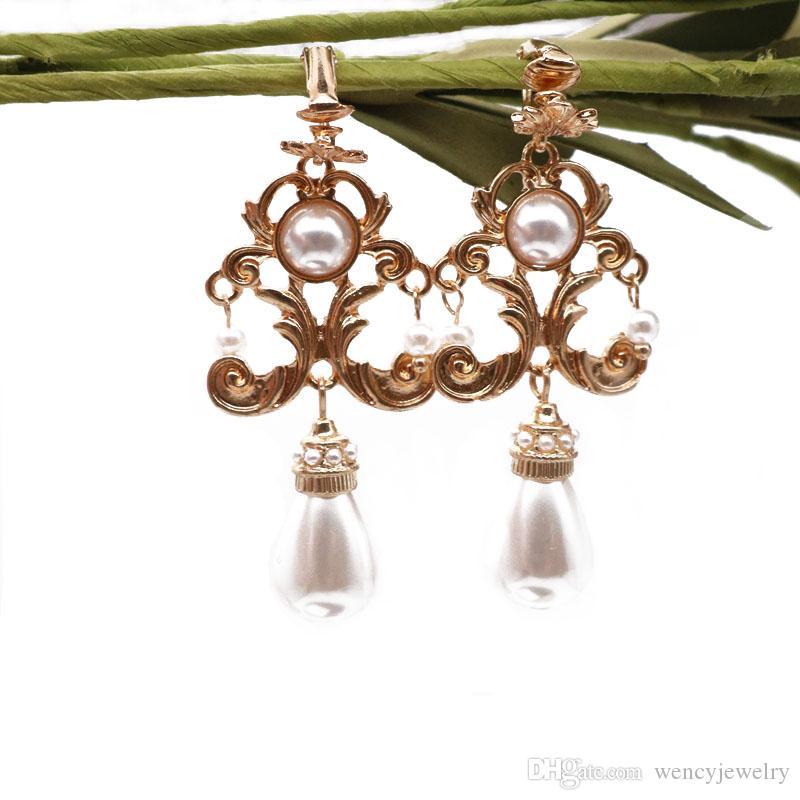 Free Shipping Filigree Flower Alloy Pearls Charm Earring For Women, New Fashion Pretty-Girl Cute Geometric European Styles Earring