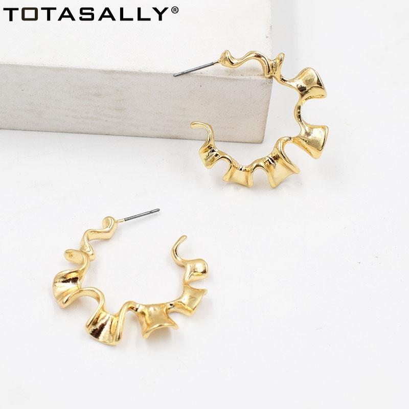 TOTASALLY femmes Boucles d'oreilles en alliage mode style métal Boucles d'oreilles ouvert C Forme oreille Hoops Accessoires Brincos