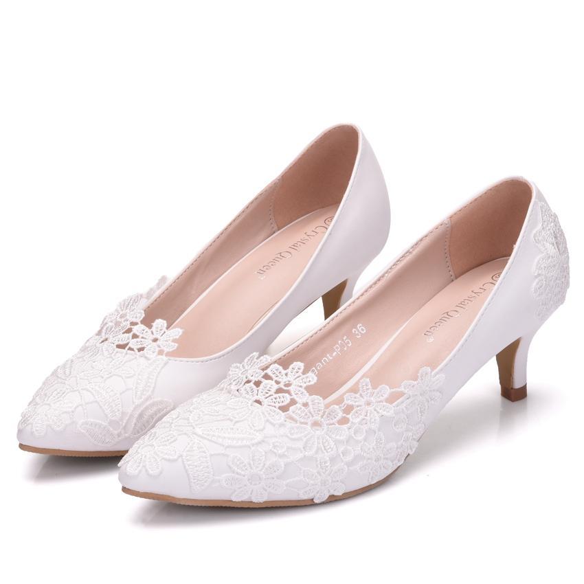 New Fashionl Branco apontou toe sapatos de saltos mulheres 5cm casamento sapatos Lace Flores sapatos de salto grosso Plus Size