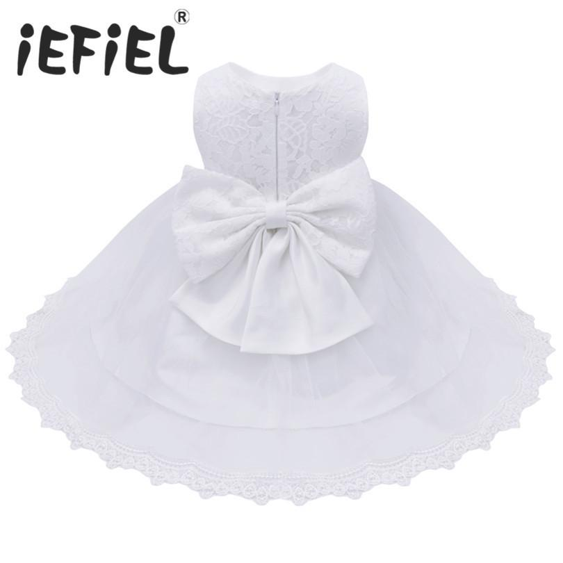 2017 Bebek Bebek Kız Çiçek Elbiseler Vaftiz Önlükler Yenidoğan Bebekler Vaftiz Işlemeli Prenses Doğum Günü Beyaz Yay Elbiseler J190426