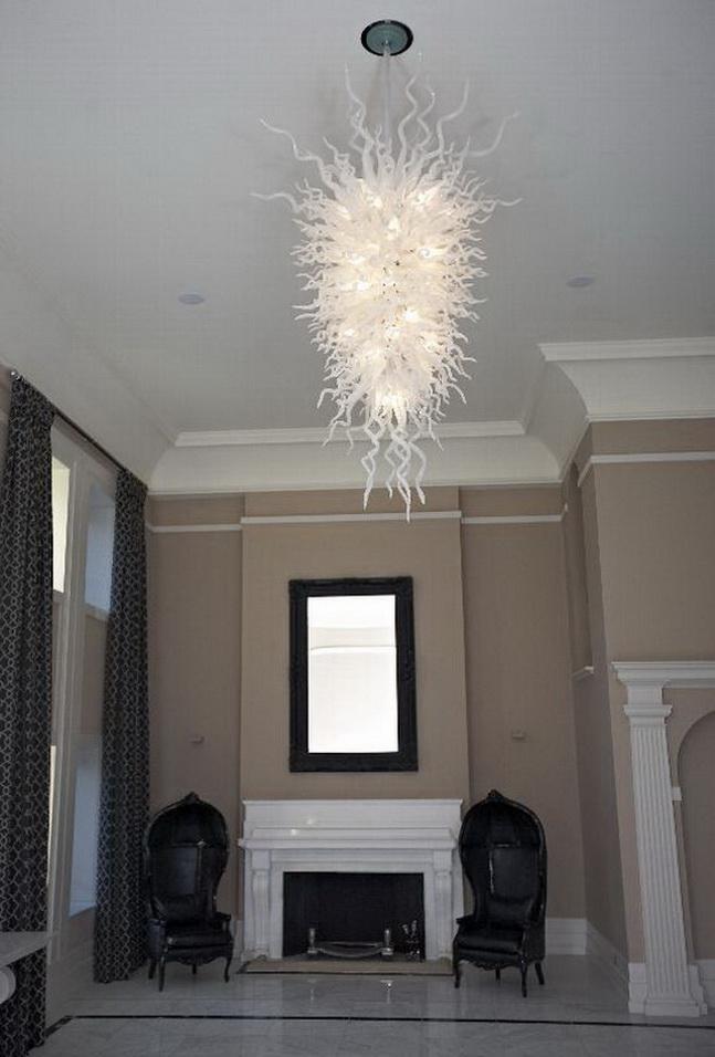 Big White Lustre en verre soufflé demisaison Style Design Murano Custom Made Hôtel décor en verre LED Lustre pendentif