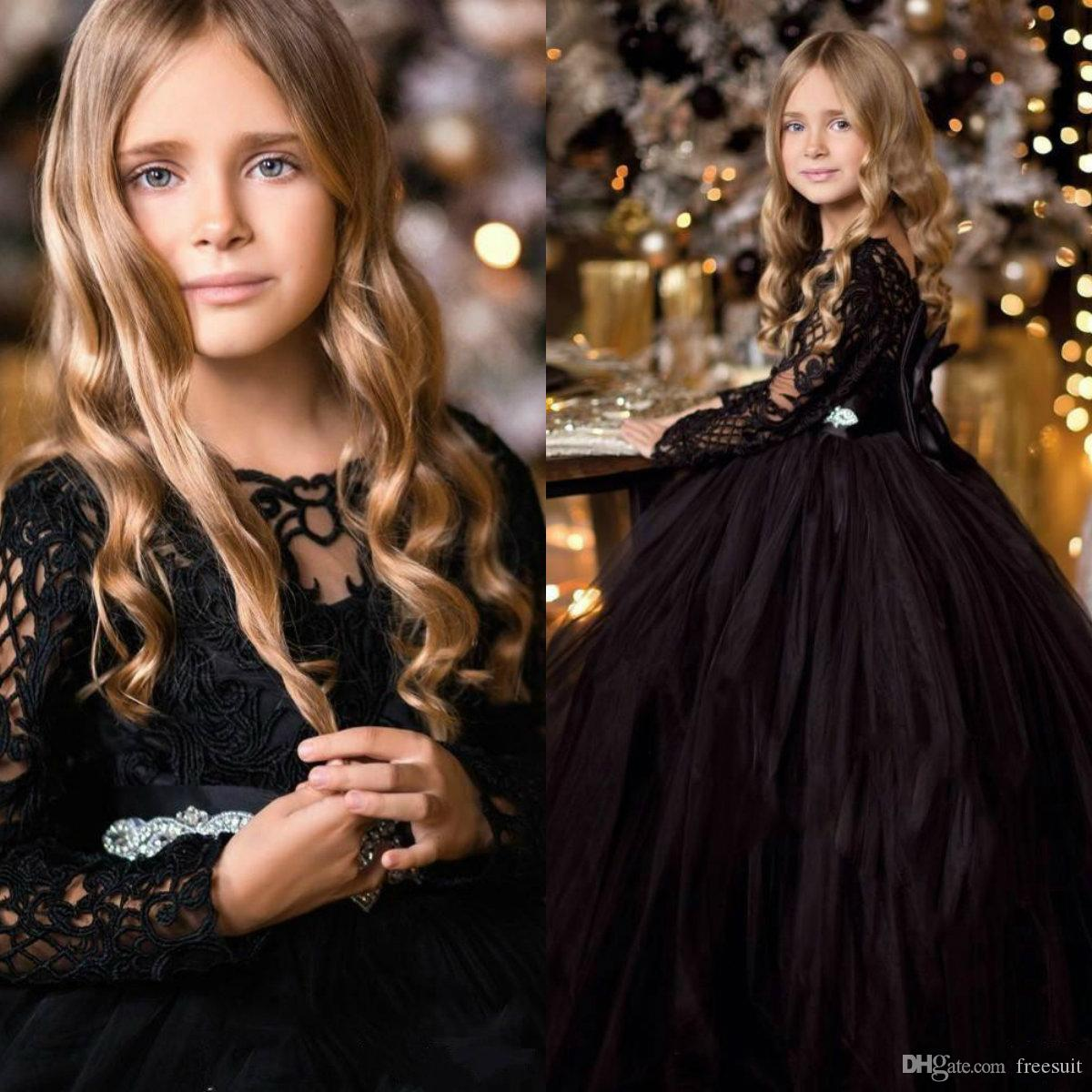Black Flower Girl Dresses Jewel Neck Long Sleeves Appliqued Beaded Bow Belt Ruffle Girl Pageant Gowns Custom Made Birthday Gowns