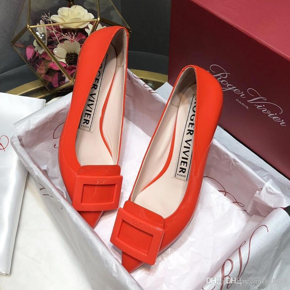 2019 sapatos de salto médio do sexo feminino nova de alta qualidade do couro de patente boca rasa das mulheres, moda saltos altos profissional do casamento banquete lo