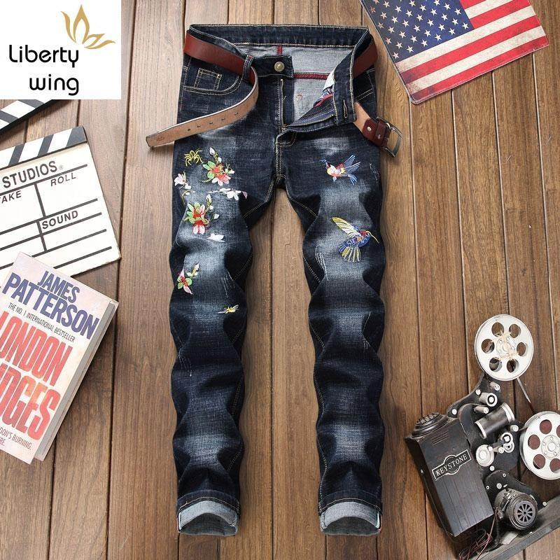 New Brand Chinese Style Floral Embroidery Full Length Mens Denim Pants Straight Runway Fashion Washed Elastic Jeans Trousers