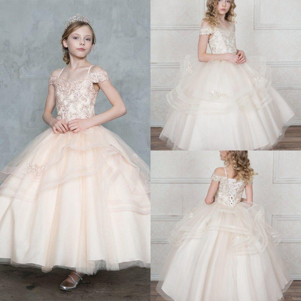 Elegant Off Shoulder Flower Girls Dresses Tulle Tiered Princess Ball Gowns Pageant Dresses Applique Lace Up Back Wedding Dress