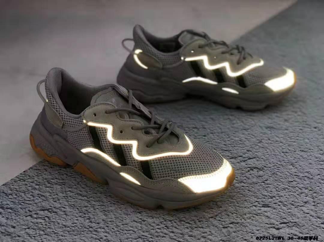 Sapatos de grife Sapatos de Corrida Amostra Amarelo Núcleo Preto Esporte Designer o novo lace-up A alta qualidade Sapatos Mulheres Sneakers