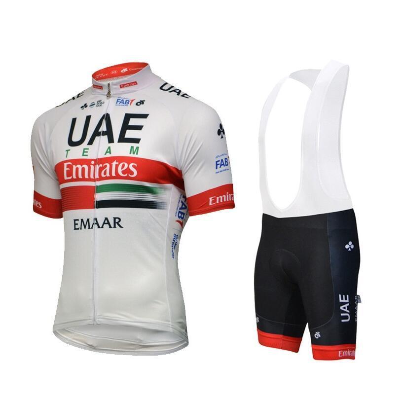 2019 Emirats Arabes Unis Cycling Team Jersey Maillot Ciclismo à manches courtes et une bavette Cuissards du vélo Kits Bracelet BICICLETAS O19121702