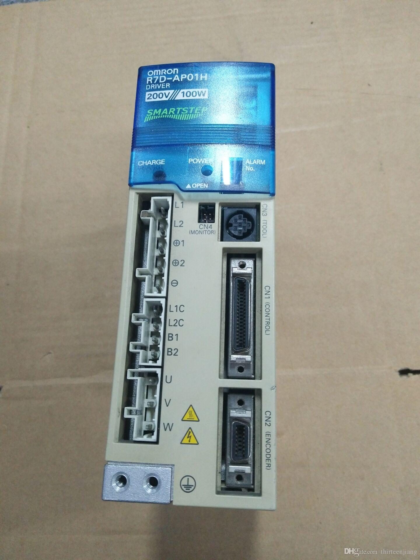 OMRON Servo Drive R7D-AP01H USED 200W AC 2AMPS In Good Condition