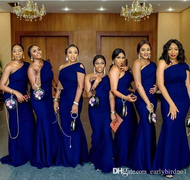2020 로얄 블루 원 숄더 인어 신부 들러리 드레스는 명예 드레스 플러스 사이즈의 기차 단순 아프리카 나라 웨딩 게스트 드레스 메이드 스윕