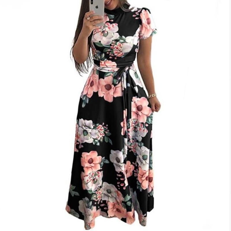Vestito lungo da donna con stampa floreale a maniche lunghe Vestito lungo da donna con stampa floreale a maniche lunghe