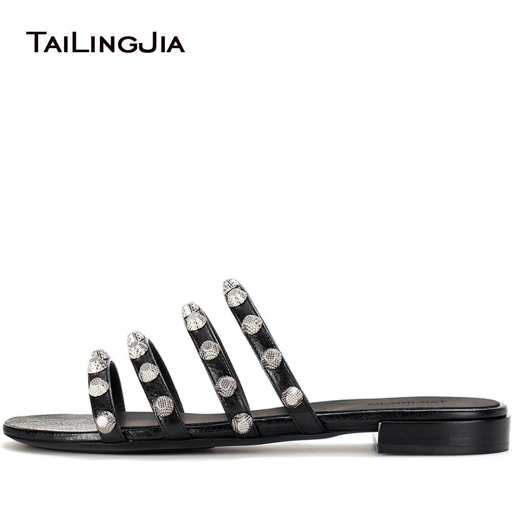 Женщины Black Giant шипованных сандалии Шпильки Слайды Red Beach Обувь Strappy Тапочки отпуск Квартиры Мулы Большой размер Оптовая 2019 бесплатная доставка