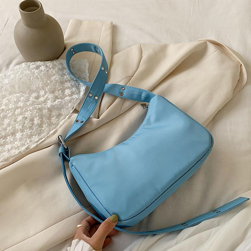 Sac à main design de niche femmes 2020 nouvelles sauvages casual simple sac médiéval portable sAcs une épaule