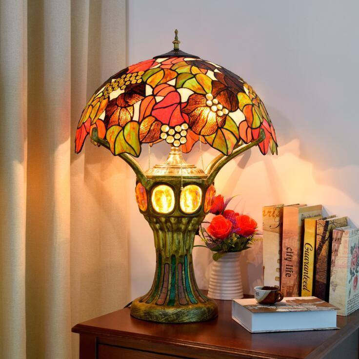 American retro table lamp living room bedroom glass table lamp restaurant bar decoration lamp Tiffany Stained glass night light