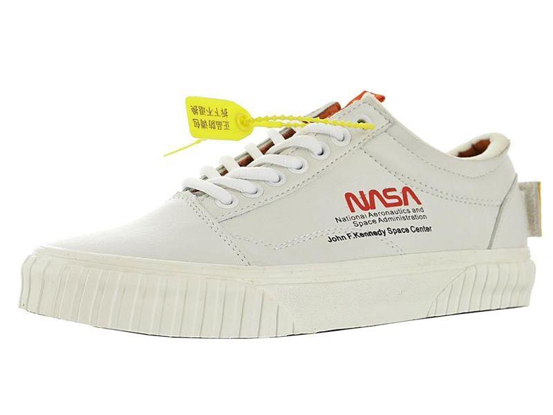 Mens NASA Space Voyager Old Skool Sneakers for Men's True White Skate Womens Firecracker Skateboard Women's Sports Shoes Man Casual Woman