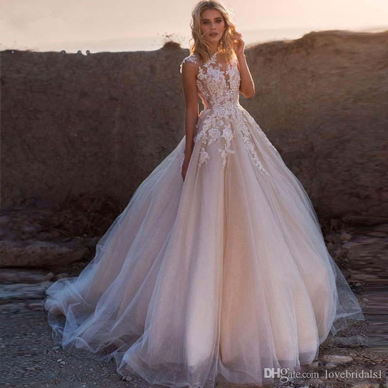 Sexy Blush Rosa Uma Linha De Vestidos de Casamento Com Apliques de Renda Sem Mangas 2019 Vestido de Noiva De Tule Meninas Vestidos De Noiva Do Casamento Vestido
