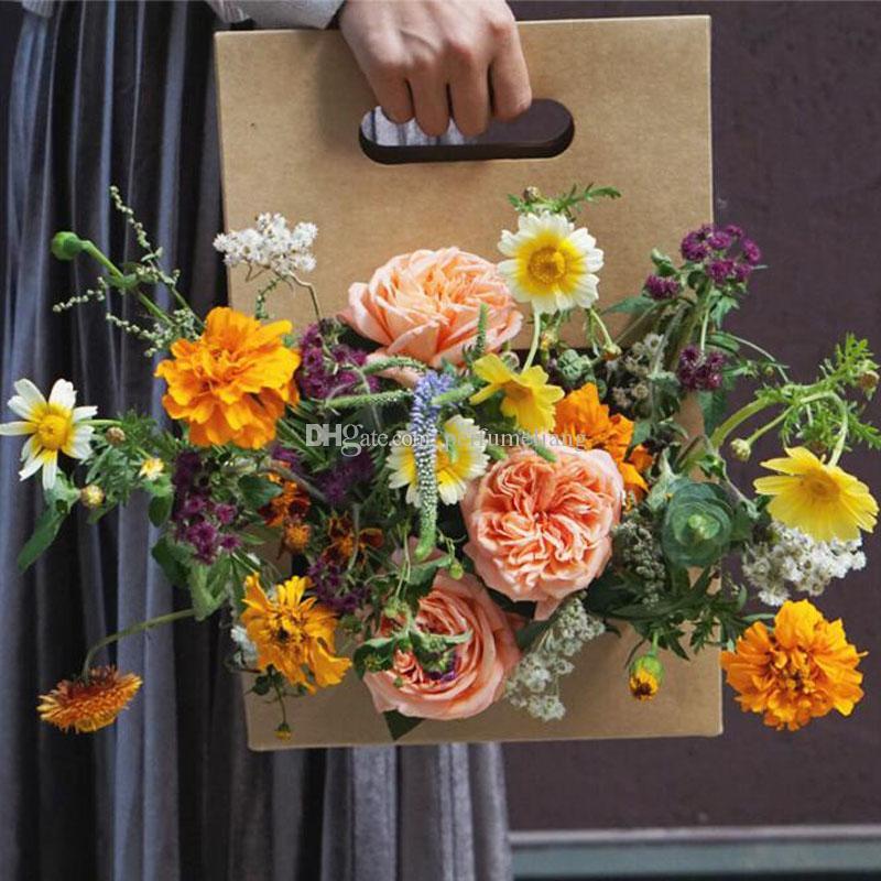 Handhold Flower Box Waterpoof Kraft Papel Arreglo floral Flower Packaging Caja de regalo con Handhold Florist Supply ZC0106