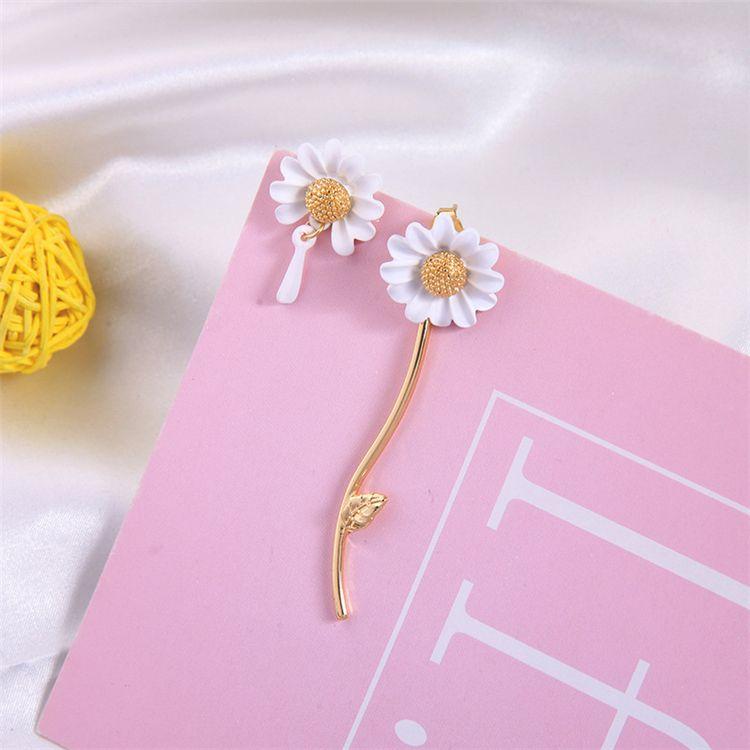 Spring New Elf White Drop Glaze Asymmetric Small Daisy Tassel Flower ear stud earrings 925 Silver Pin For Woman jewelry Wholesale MJJ167