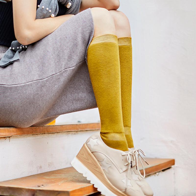 2 çift Kadınlar Kış Çorap Kalın Pamuk Yün diz düz renk sarı Stoklanması altında termal çorap uyum Kadın Sokaklar aşınma tutmak