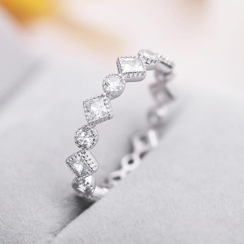 Bague en argent réel S925 pleine Sparkling CZ Engagement de qualité supérieure ronde carrée Zircon 925 anneaux de mariage en argent sterling pour les bijoux des femmes