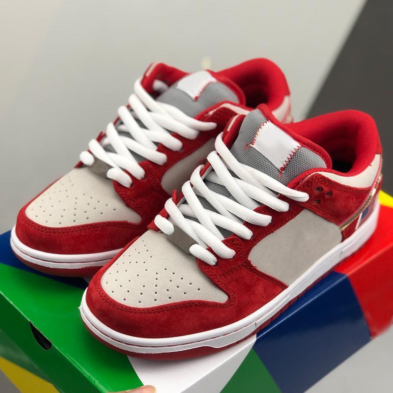 2020 nouvelles femmes SB Dunk Low garçons méchants Skateboard Chaussures de sport Drapeau américain Chaussures de course Rouge Gris Formateurs des Chaussures