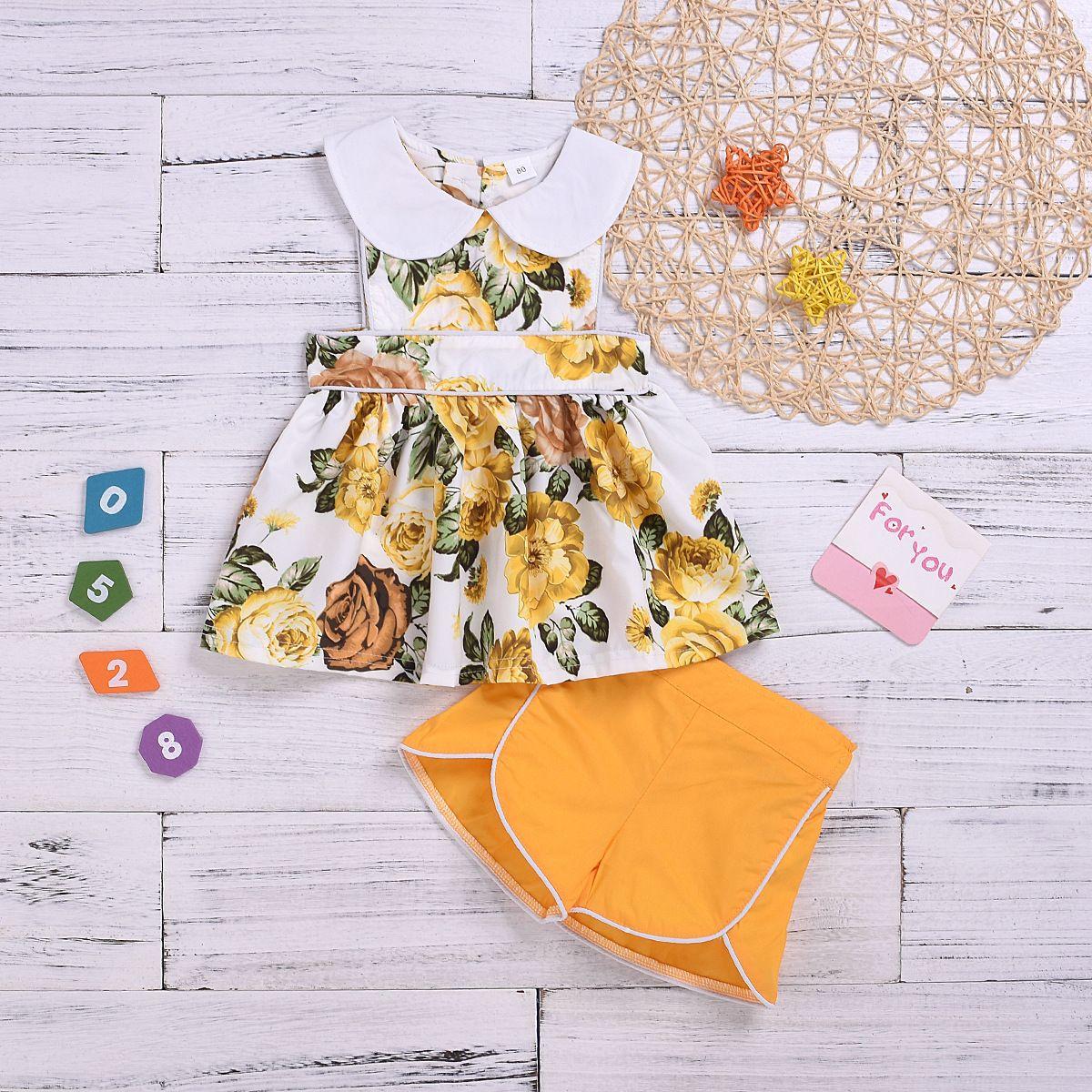 2020 Verão Novo Estilo Infantil Colete Terno Meninas Peter Pan Collar Flower T-shirt Shorts Conjunto de duas peças