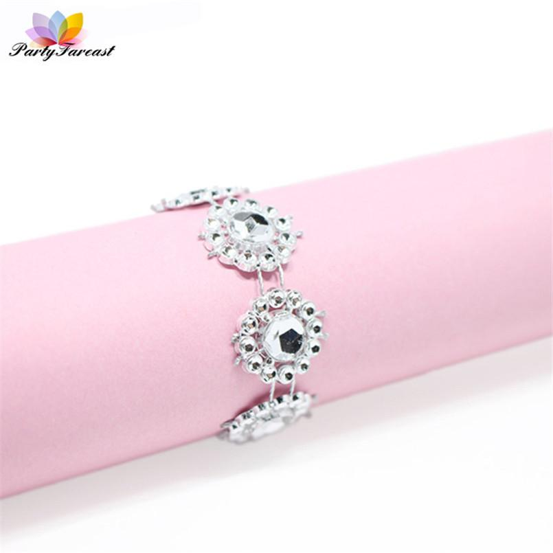 Pf 20pcs Flower Crystal Napkin Ring Holder Silver Mesh Drill Wedding Party Table Decoration Covers With Closure Hotel Supplies C19021301