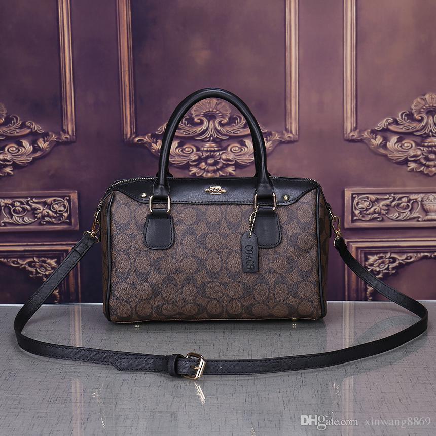 2019 New Crossbody Bag Borse donna Borse in pelle Portafogli per le donne Moda pelle di pecora pelle borsa a tracolla in oro catena A011