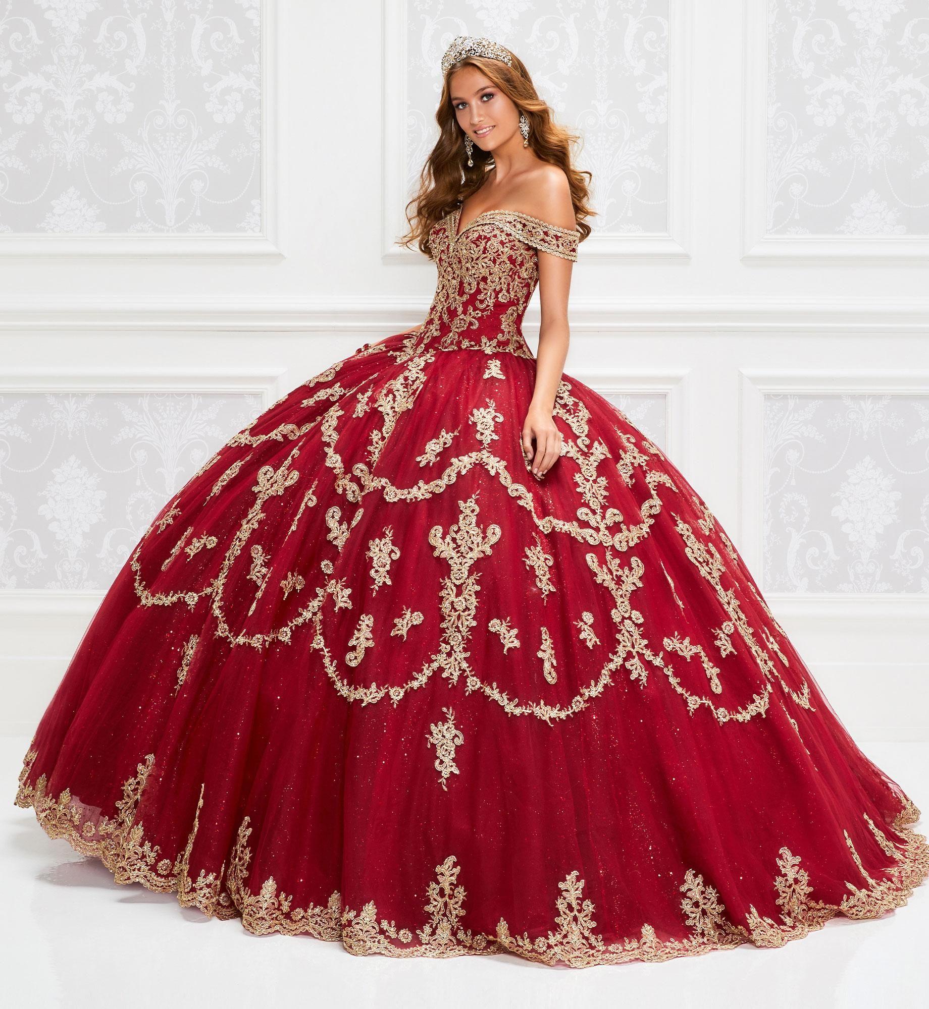 Sparking Red Lace Quinceanera Dresses 2020 Off The Shoulder Gold Applique Ball Gown Floor Length Prom Dress Vestido De Festa Sweet 16 Dress
