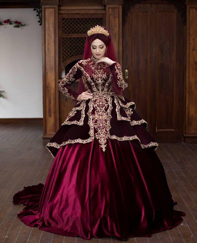 Burgundy Velvet Muslim Wedding Dresses 2020 Plus Size High Neck Gold Lace Beaded Kaftan Caftan Arabic Dubai Bride Wedding Gown