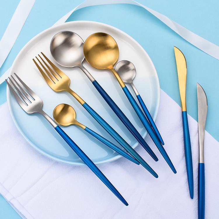 Faca de restaurante e garfo Cutelaria de aço inoxidável 304 talheres de prata de ouro talheres com alça azul