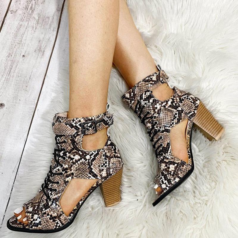 Сандалии женские сексуальные дамы High каблуки Peep Toe Snake Print PU кожаная пряжка лодыжки ремешок крышка пятки мода женские летние насосы