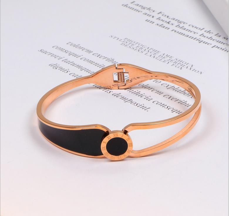Moda 18K Rose numeral romano Pulseira preta de mulheres casal Bracelet Redonda