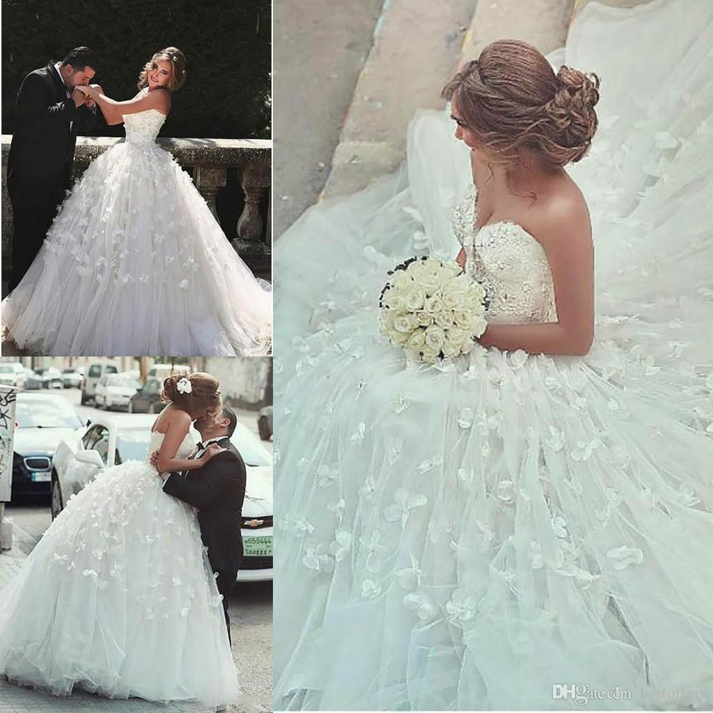 Romántica Árabe 2020 pétalos de vestidos de novia de novia de escote del vestido de bola de longitud de Dubai Vestidos de novia más el tamaño de Personalizar