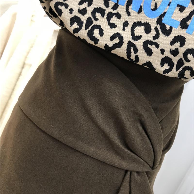 Оптово-новый осенне-зимний личности морщин и изломов дизайн чувство тонкие высокие талии бедра юбка женщин