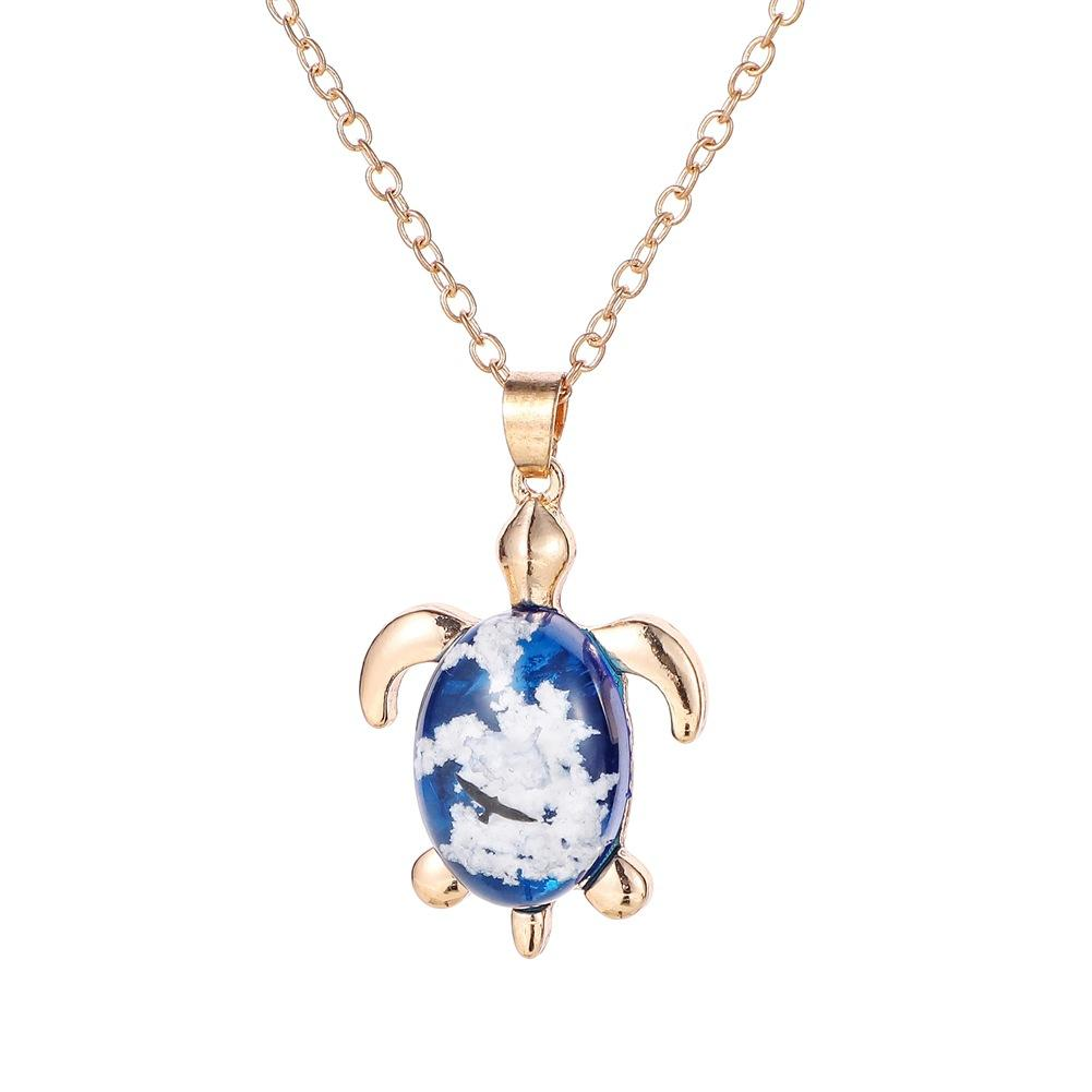 Creative cute Tortoise animal design shape pendant necklace resin material Blue sky white cloud pendant necklace handmade jewelry