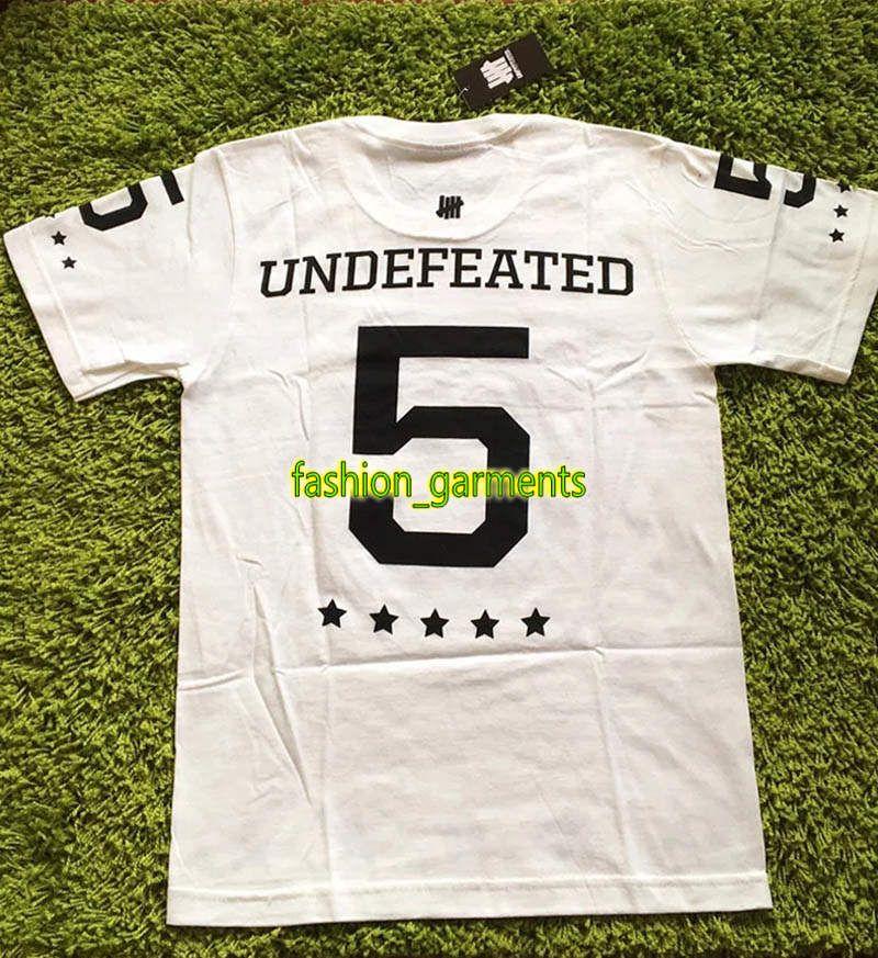 Nouveau mode INVAINCUS Tee Men Pentagram Imprimer manches courtes pour hommes d'été à manches courtes T-shirt Couple de haute qualité Noir Blanc T-shirt