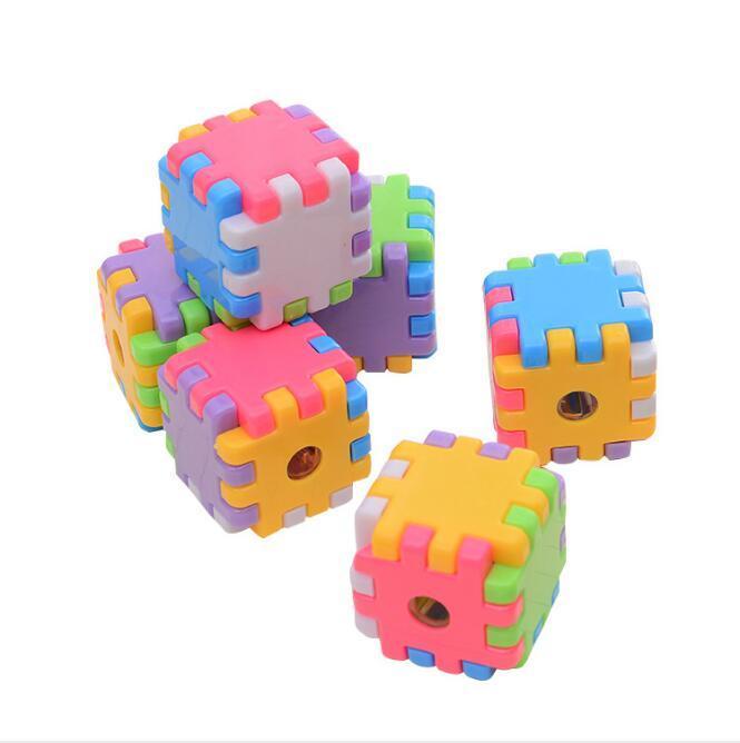 Cartoon singole fai da te Fori temperamatite Assemblare i blocchetti del cubo Multi Temperino Accessori da scrivania Ufficio Scolastico di Rubik Supplies HA615