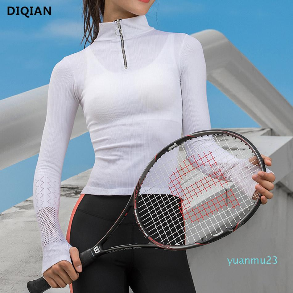 بلايز الجملة لطيف المرأة كم طويل الجري اليوغا الرياضة شبكة تجريب الأعلى مع ثقوب الإبهام الأبيض تي شيرت للياقة البدنية رياضة الجري تي شيرت