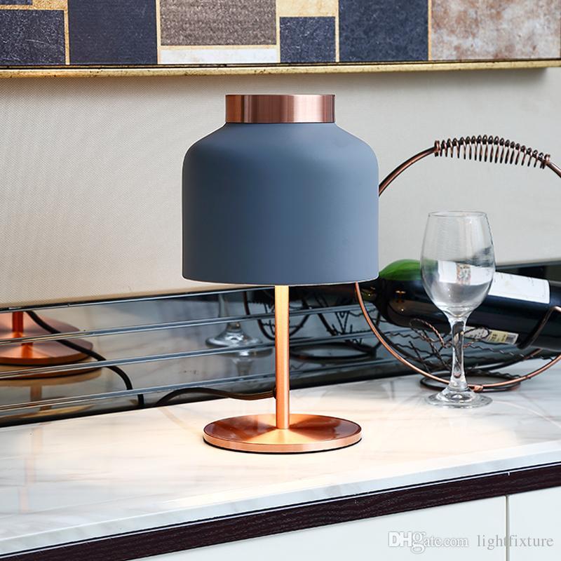 Lampade Design Camera Da Letto.Acquista Tricot Frandsen Lampada Da Tavolo Classica Design Nordico