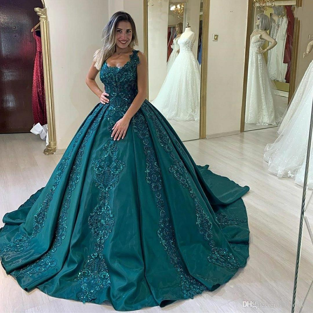 Modest frisados Teal Lace vestido de baile Quinceanera Vestidos Baguetes apliques doces 16 vestidos de baile Sequins celebridade Prom Evening Vestidos Vestidos