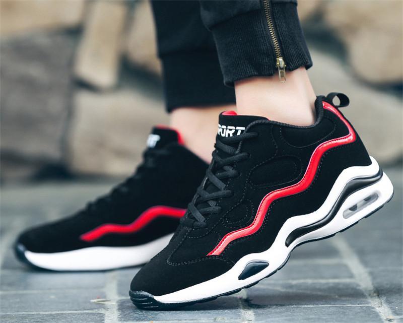عالية الجودة 2020 أحذية الرجال اتجاه جديد الأحذية عارضة أزياء البرية تنفس الهواء الطلق مقاومة للاهتراء الرياضة السفر والاحذية