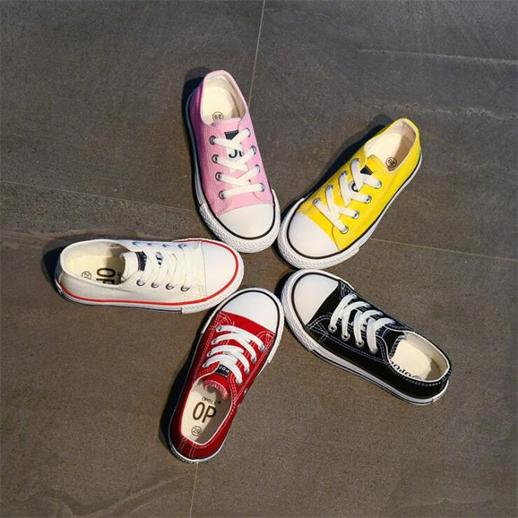 Çocuklar Tuval ayakkabı tasarımcısı SS181 ayakkabı çocukları eşleşen 5 renk Çocuk Yürüyüş ayakkabıları anne çocukları sneakers
